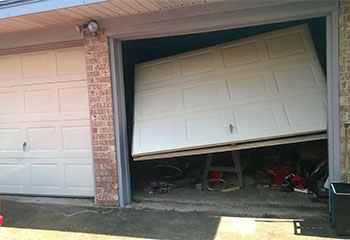 Garage Door Off Track | Garage Door Repair Lombard, IL